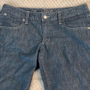 Low-waisted jeans by Tommy Hilfiger